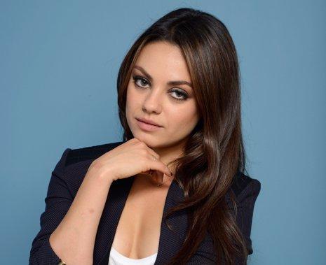 Mila Kunis aparecerá en Dos Hombres y Medio
