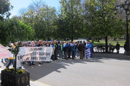 Trabajadores despedidos y afectados por regulaciones convocan una manifestación conjunta
