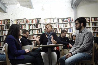 """Valenciano avisa a la clase media que, con el PP, sus hijos """"no van a poder competir"""" con los de """"la buena estirpe"""""""