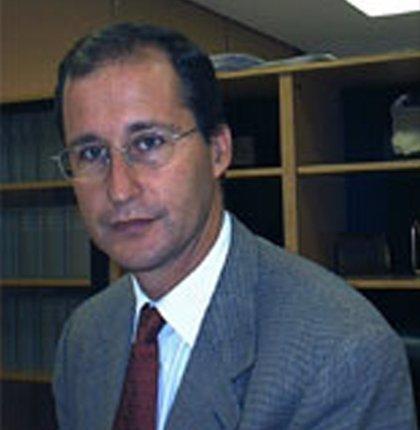 Hallado muerto en extrañas circunstancias, dentro de su coche, el prestigioso Pedro Romero Candau