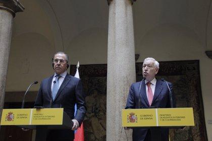 """Margallo percibe """"buena voluntad"""" en Rusia para solucionar el problema de las adopciones"""