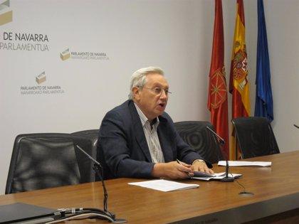 """Aralar dice que el PSN le ha trasladado que """"trabajará"""" con el PSOE para poder presentar una moción de censura"""