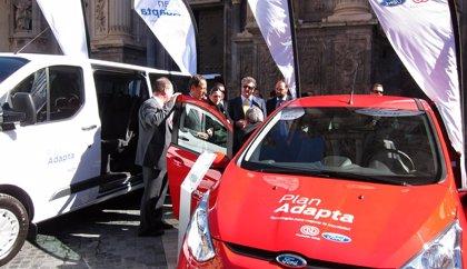 Presentan en Murcia el Plan Adapta para que personas con discapacidad prueben coches adaptados antes de la compra