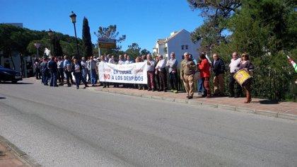 Trabajadores del hotel Don Carlos se movilizan contra cinco despidos en el último mes