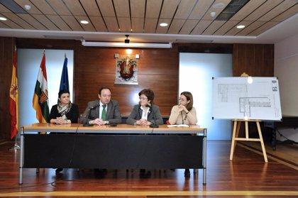 """Sanz destaca que """"todas las cabeceras de comarca"""" tendrán servicio SAC con la apertura de la nueva oficina de Alfaro"""