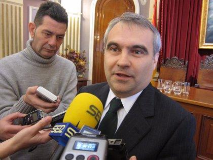 """Fragoso dice que Zapatero, Ibarra y Vara se han """"cachondeado"""" de Badajoz al """"no"""" hacer """"nada"""" de la Plataforma Logística"""