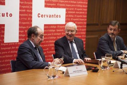El Instituto Cervantes y la Real Academia de Medicina firman un acuerdo para impulsar el español en el lenguaje médico