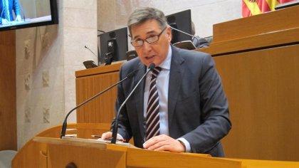 Oliván informa este jueves a las Cortes sobre la reestructuración del mapa sanitario de Aragón
