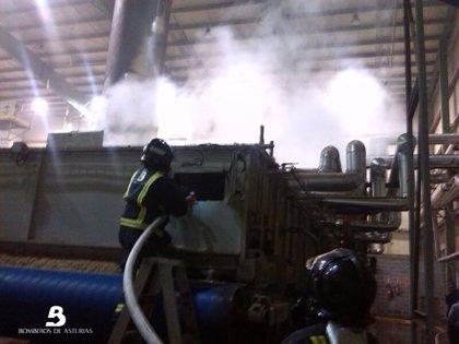 Extinguido un incendio en una fábrica en Tineo