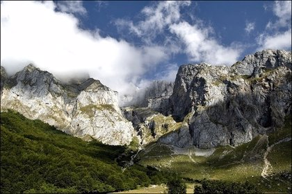 Riesgo notable de aludes en Picos de Europa