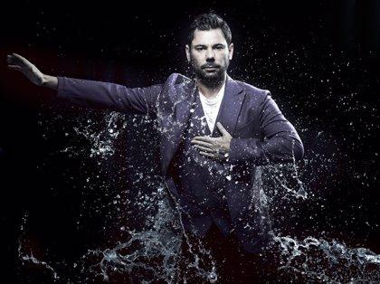 El cantaor Miguel Poveda presenta en el Teatro de la Laboral su nuevo espectáculo 'Íntimo'