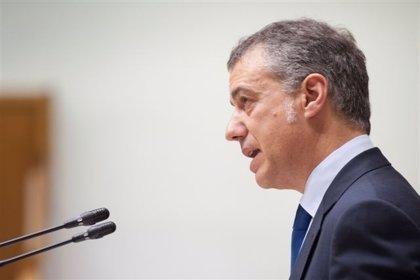 """Urkullu espera que la labor """"fiable"""" de la CIV avance en el desarme y disolución de ETA"""