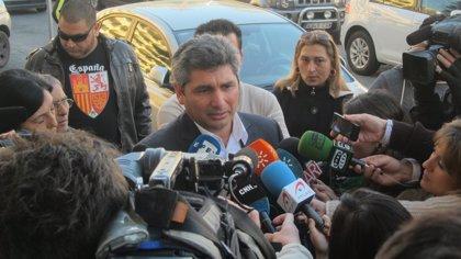 """Cortés afronta la última sesión del juicio """"con esperanza de que el tribunal nos declare inocentes"""""""