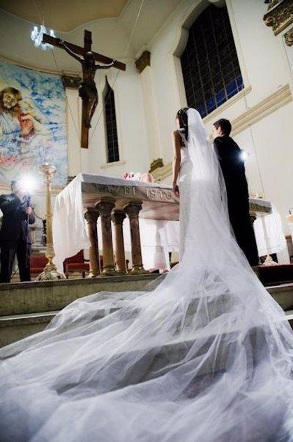 Euskadi contabiliza 2.457 matrimonios en el tercer trimestre de 2013, un 9% menos que un año antes