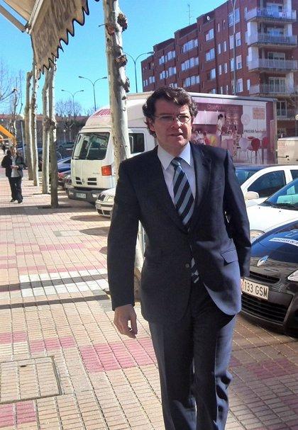 Más de 650 personas firman las alegaciones presentadas al proyecto de aparcamiento subterráneo en Comuneros (Salamanca)
