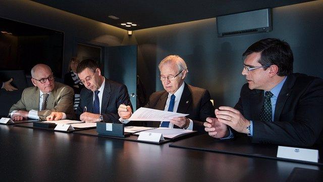 Firma de un convenio entre la Cámara de Barcelona y el FC Barcelona