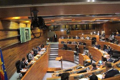 El Parlamento pide al Gobierno regional un plan autonómico de inclusión social 2014-2017