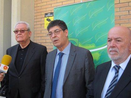 """Valderas exige una moratoria en la reforma local, que """"abre un portillo claro a la privatización de servicios públicos"""""""