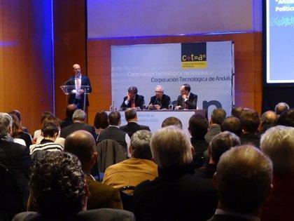 La Junta aboga por poner en valor sectores en los que Andalucía es referencia y potenciar los tradicionales