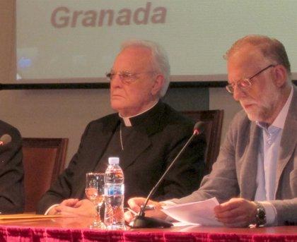 """Cardenal Amigo considera """"inaceptable"""" el aborto y cree que """"desde que una mujer es madre ya no puede decidir"""""""