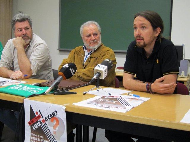 López Uralde y Anguita observan a Iglesias mientras interviene
