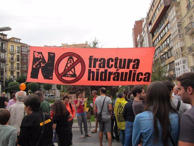 Manifestación contra el 'fracking' en Santander