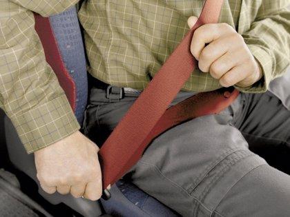La DGT realiza esta semana en Galicia un dispositivo de control del uso del cinturón