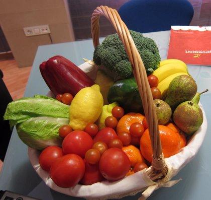 Una dieta rica en frutas y verduras podría reducir la mortalidad hasta un 6% y mejorar la esperanza de vida en 1,12 años