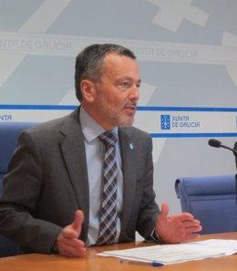 El conselleiro de Medio Ambiente, Agustín Hernández, en rueda de prensa