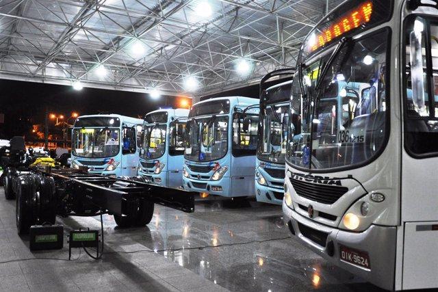 Pedido De Daimler Buses En Brasil