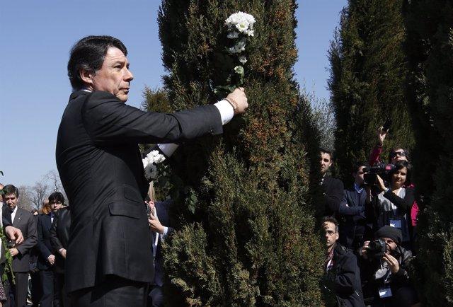 Ignacio González en el homenaje del 11M