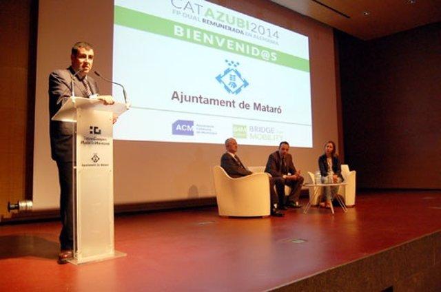 El concejal de Mataró M.Rey presenta el proyecto 'Catazubi' en Mataró