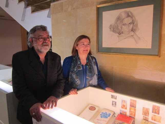 La UZ recibe el legado de la escritora Ana María Navales