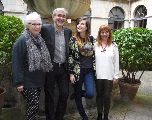 Josefina Molina, Javier Paisano, Natalia de Molina y Antonia Olivares