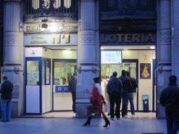 Administración número 1 de Zaragoza de Loterías y Apuestas del Estado.