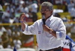 El candidato presidencial de ARENA, Norman Quijano