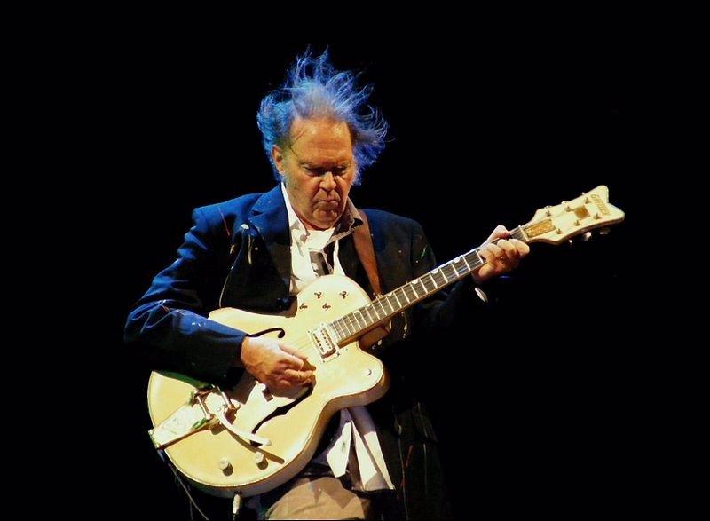 Jack White aparecerá en el nuevo disco de Neil Young
