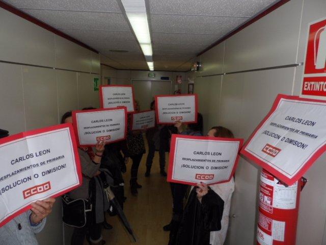 Protesta de CCOO por el problema de los desplazamientos de Primaria
