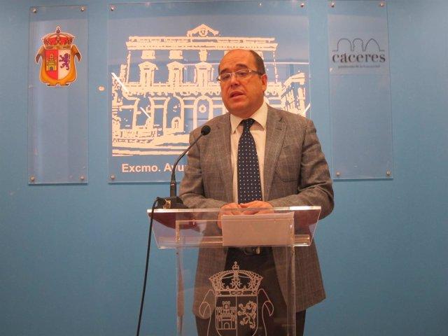 El Portavoz Del Equipo De Gobierno De Cáceres, Valentín Pacheco