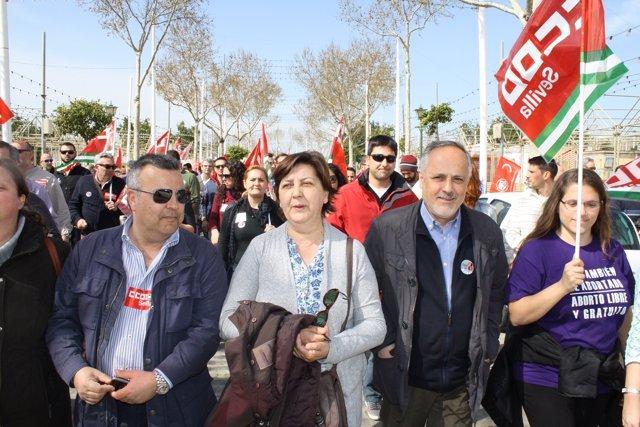 Manifestación en apoyo a los ocho sindicalistas.