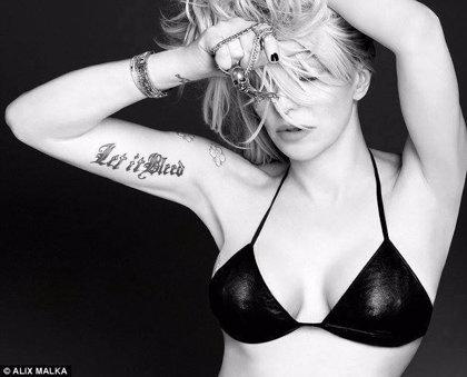 Courtney Love cree haber encontrado el avión malasio desaparecido