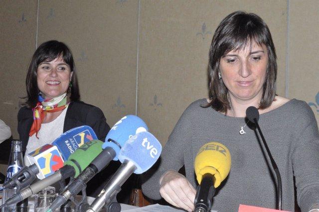 La directora general de Turismo, Elena Allué, y la concejala Lola Ranera.