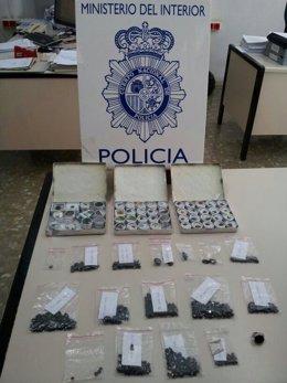 Espinelas intervenidas por la Policía Nacional en Málaga
