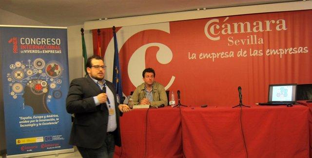 Los fundadores de WorkInCompany Jaime Aranda y Alberto Pérez-Sola