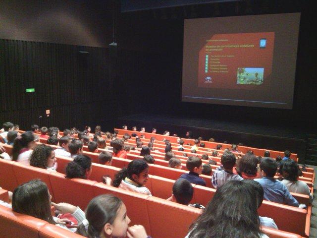 Más de 8.000 alumnos de 203 centros escolares participan en 'Aula de cine'