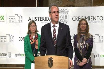 """La UEx seguirá la """"estela"""" del Gobierno regional y abonará a sus empleados los 44 días de la paga extra de 2012"""