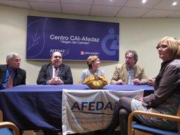 Belloch ha mantenido un encuentro con la junta de AFEDAZ en la residencia