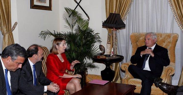Ana Pastor y Ricardo Martinelli en Panamá