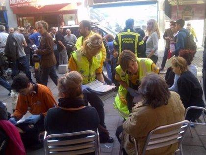 Ocho intoxicados leves por un gas irritante en el mercado de Antón Martín