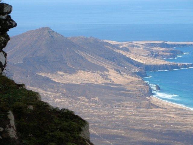 Vistas De Cofete Desde El Pico De La Zarza (Fuerteventura)